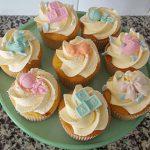 Boy or girl cupcakes